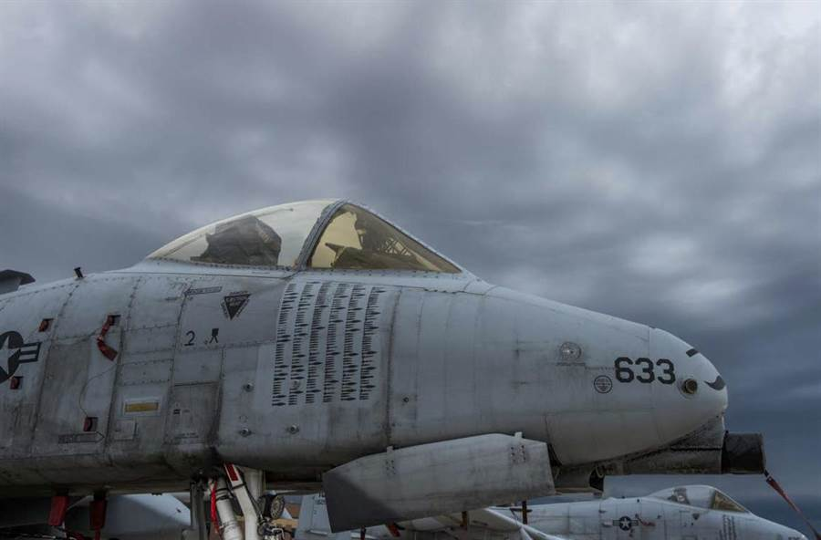 這架戰功彪炳的A-10,紀錄了數不清的任務次數。(圖/美國空軍)