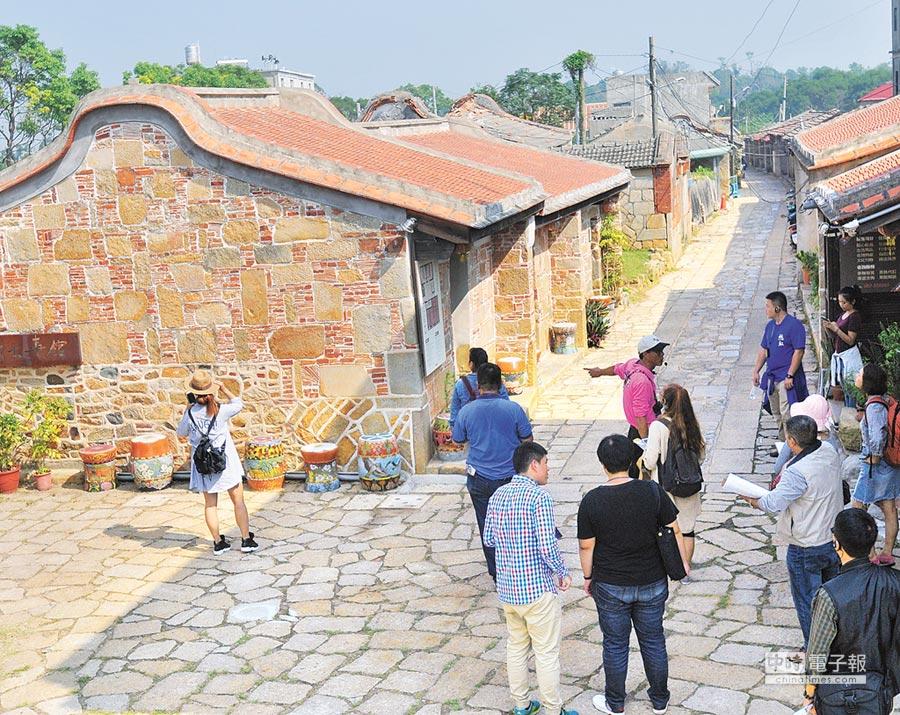 至今已有600餘年歷史的金門城「明遺老街」。(李金生攝)