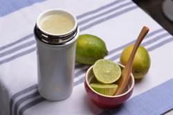 陶瓷內膽隨行杯 大舉搶攻冬季熱飲食補市場
