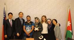 敘利亞女孩紀錄「另一種女孩」 獲得彰中馬拉拉獎