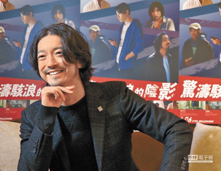 金子統昭很高興能以音樂人和演員2種身分來台宣傳。(粘耿豪攝)