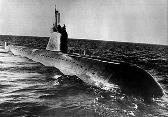 水下車諾比核災:俄K27潛艦核外洩事故