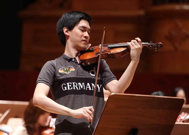 林品任將與NSO合作演出孟德爾頌《E小調小提琴協奏曲》。(NSO提供)