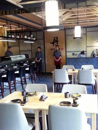 三信家商重金打造全國首創日式料理情境教室