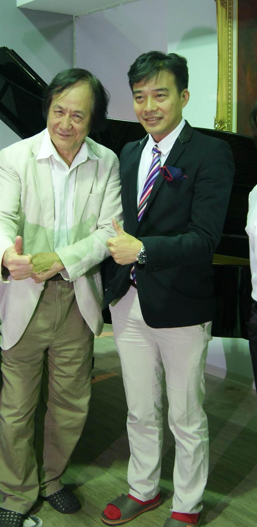 國家文藝獎得主曾道雄(左)與企業家陳柏良攜手催生重唱比賽。(台北歌劇暨藝術文化基金會提供)