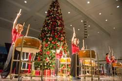 君鴻酒店「天使樹」點燈 募弱勢孩童耶誕禮