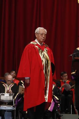 歐豪年教授獲頒港中大榮譽文學博士學位
