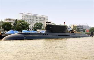 中共打造史上最大傳統動力潛艦