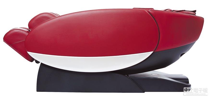荣泰×来思达太空按摩椅,有橘、红、黑3色,31日前原价15万8000元、5折特价7万9000元,限量101台。