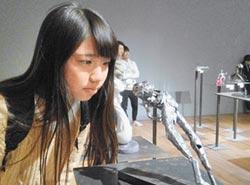 大開眼界 國際袖珍雕塑開展