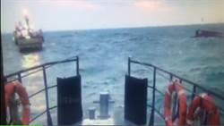 石門外海漁船翻覆 船長等7人失蹤