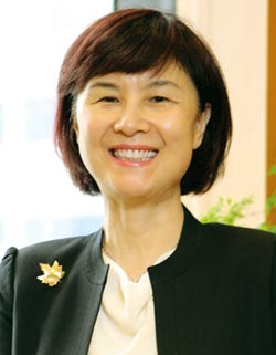 第34屆國家傑出經理獎得獎人-張麗絲 創造五贏全方位