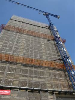 高市勞檢處、中鋼公司 合辦塔吊爬升演練觀摩會
