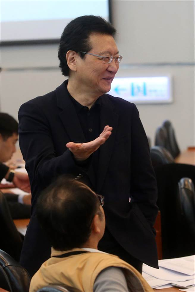 中國廣播股份有限公司董事長趙少康(圖)16日說,中廣早自西元2005年底已非中國國民黨營事業,非國民黨附隨組織,且曾上櫃公開發行,目前700多名股東,希望黨產會不要殃及無辜。中央社記者吳家昇攝  105年12月16日