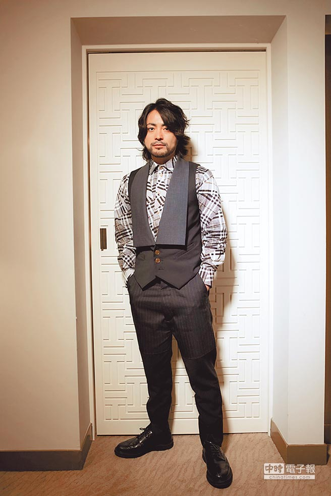 山田孝之訪台時就表示:「我最近唯一會看的就是《JoJo》這部長壽漫畫。」(圖/取材自網路)