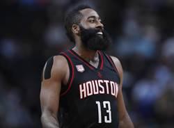 NBA》10連勝火箭傳隱憂 先發中鋒恐傷停6周