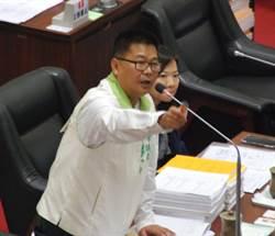 議員張勝富要求新南向 應增加小港機場航班