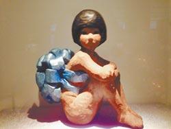 袖珍雕塑在家中 精銳撒播社區文藝種子