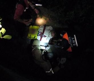 高雄男騎士暗夜墜4米橋下 低喃喊救命