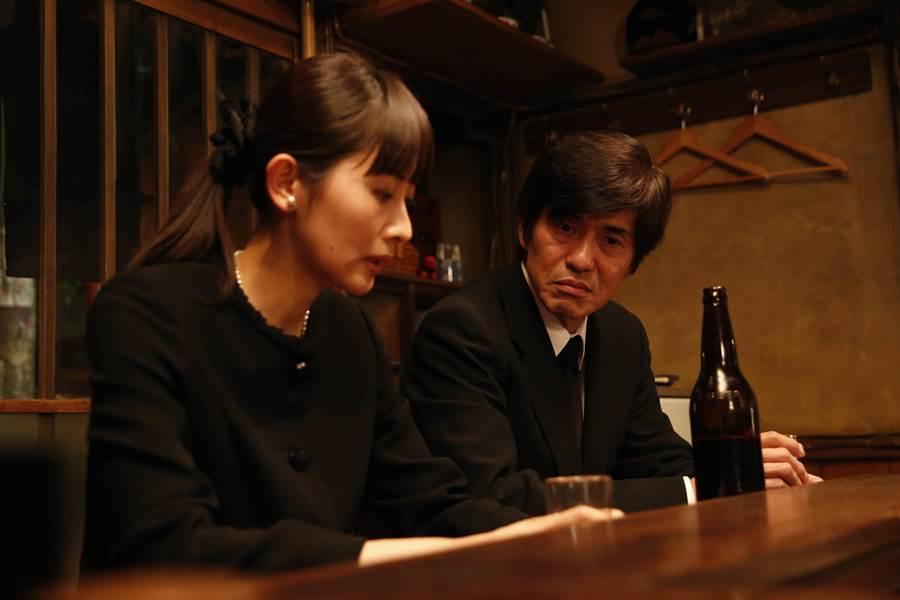 佐藤浩市(右)加入《深夜食堂 電影版2》演出。(圖/天馬行空)