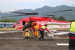 違規爬黑山罹難 登山客遺體直升機成功吊掛下山