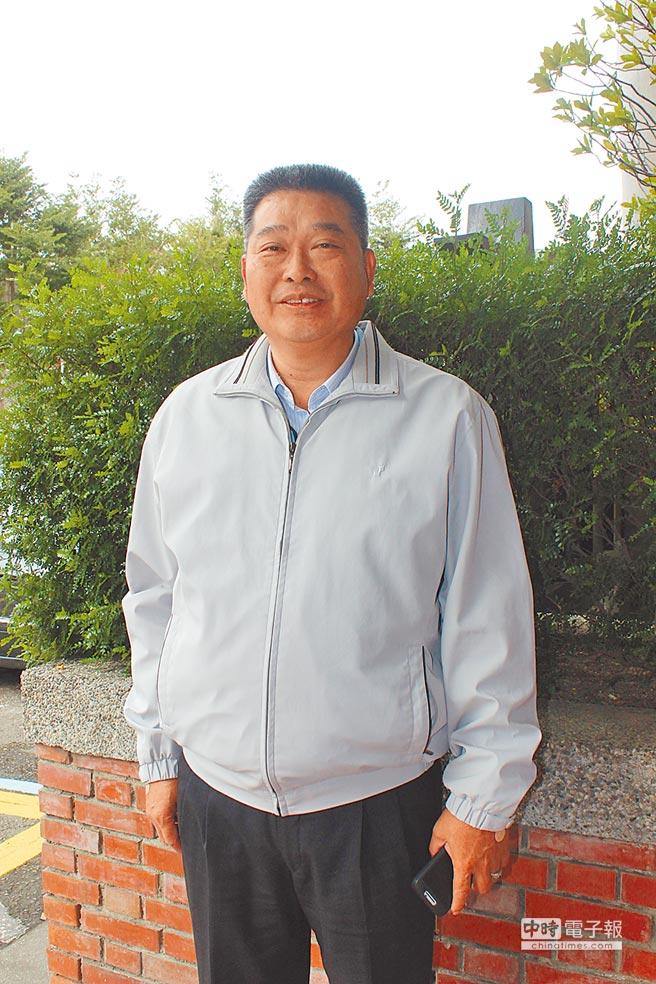苗栗縣南庄鄉農會總幹事陳乾安同額登記候聘爭取連任,是全縣最資深的總幹事。(黎薇攝)