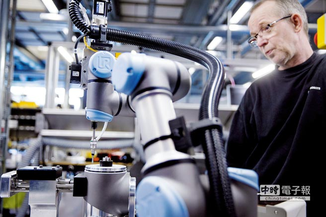 2017年為協作型機器人再造元年,機器人用其強韌的可塑性,成就另一番產業新面貌。圖/業者提供