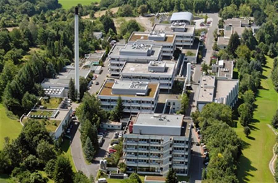 曾培育出18名諾貝爾獎得主的德國馬克斯普朗克研究院(MPI),宣布今年起將在台設立「前瞻材料研究中心」,進行超導、奈米、磁性等前瞻材料合作研究。(圖/MPI官網)