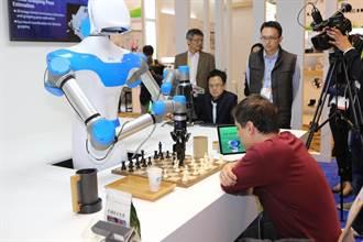 CES展 工研院大秀機器人與無人機隊
