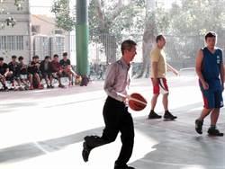 與青少年搏感情 台南市警六分局組隊參加少年3對3籃球賽開幕戰