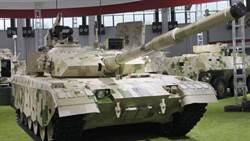 大陸新輕坦克亮相 號稱「袖珍雷克勒」