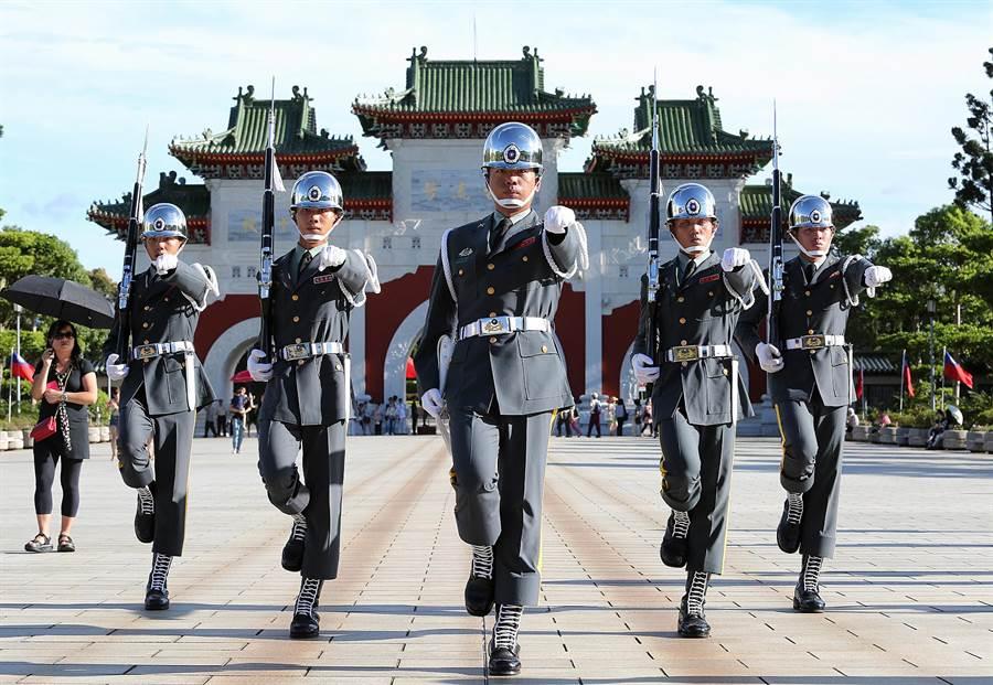 此次中共教育部的新命令,显然是为了同台湾抢夺抗战话语权而来,中华民国政府须慎重应对。(王爵暐摄)