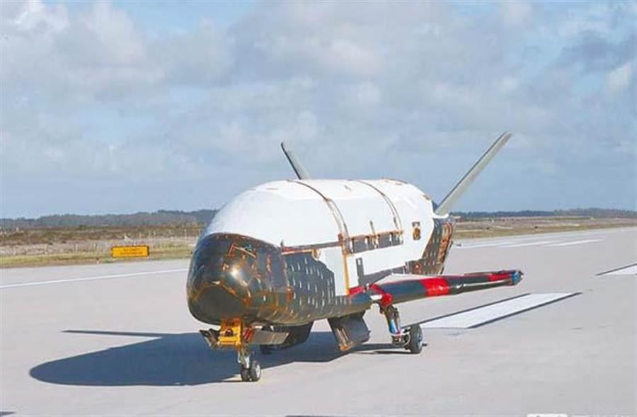 美軍X-37 B太空飛機。(圖取自美國空軍官網)