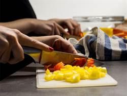 年節做菜傷手機率高 液體ok繃更好用?