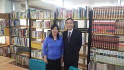 黃國榮盼促進臺蒙圖書館交流合作