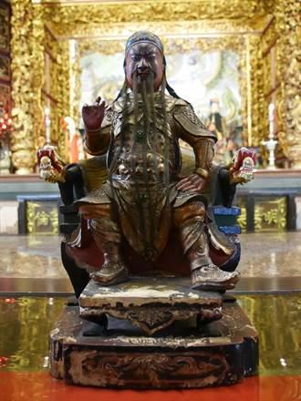 明倫三聖宮關公顯靈 鬍鬚從腰長到腳