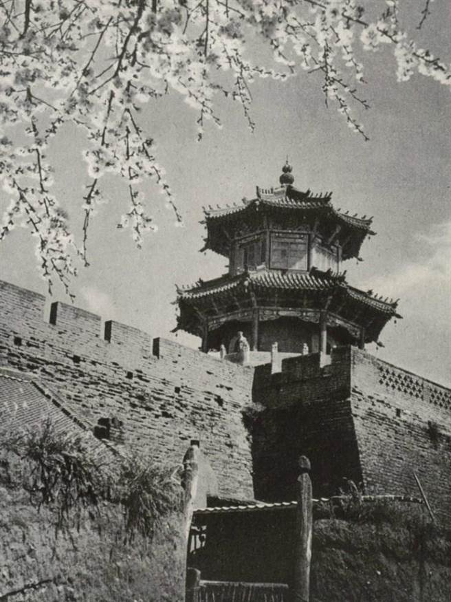 滿洲國時代的遼陽老照片。(網路照片)