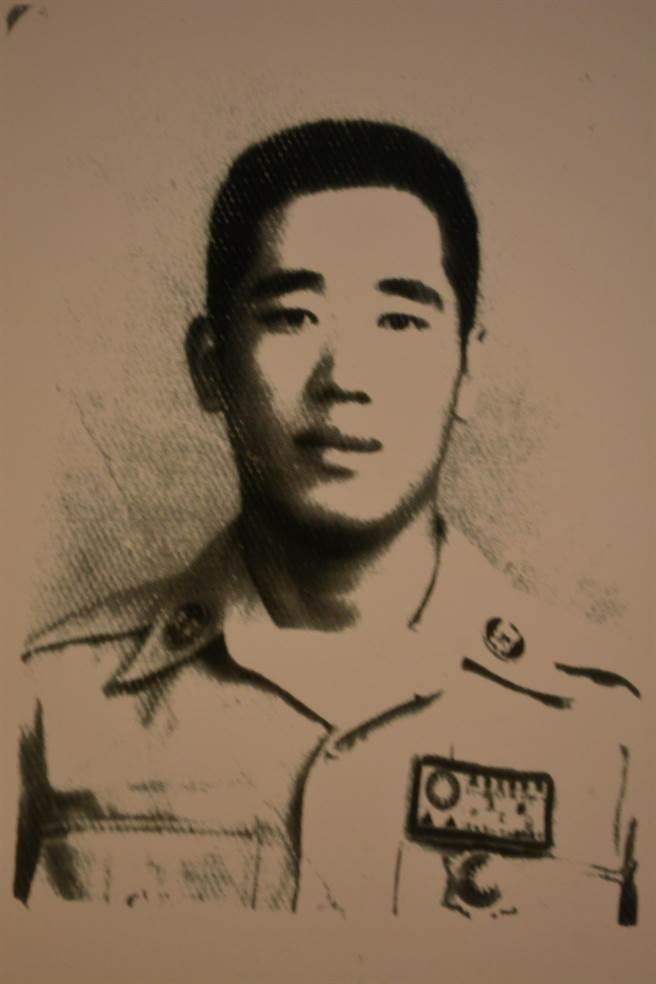 先後經歷日本人與蘇聯人統治,不甘心當「亡國奴」的高文俊決定到關內參加國軍。(高文俊先生提供)