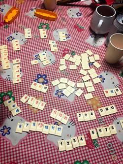 鬥智鬥心機 歡聚時刻玩「以色列麻將」桌遊搏感情