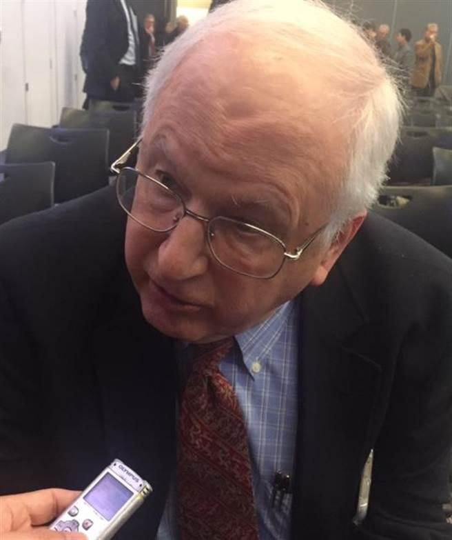 芮效儉認為,在川普政府澄清其立場前,不可能協商「一中政策」。( 江靜玲攝)