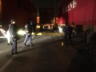 疑遭貨櫃車碰撞 拖車司機倒血泊亡