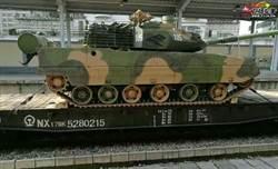 解放軍輕戰車部署中越邊界