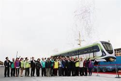 中捷綠線首列電聯車  運抵台中港