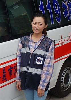 未婚正妹黃玉琳路過助人 投入志工行列