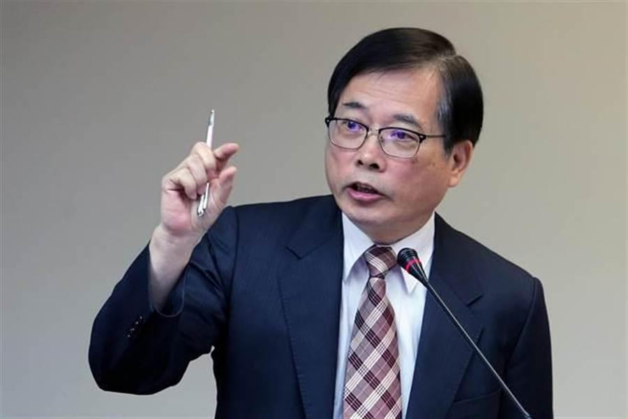 原勞動部長郭芳煜抱怨說,他並不像指責的一樣,一例一休都講不清楚。(資料照片,黃世麒攝)