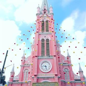 少女心大發!夢幻的粉紅教堂讓妳想馬上喊Yes I do~趕快列入2017旅遊清單