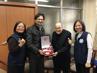 西班牙百歲神父賴甘霖 臺北市殊勳歸化第一人
