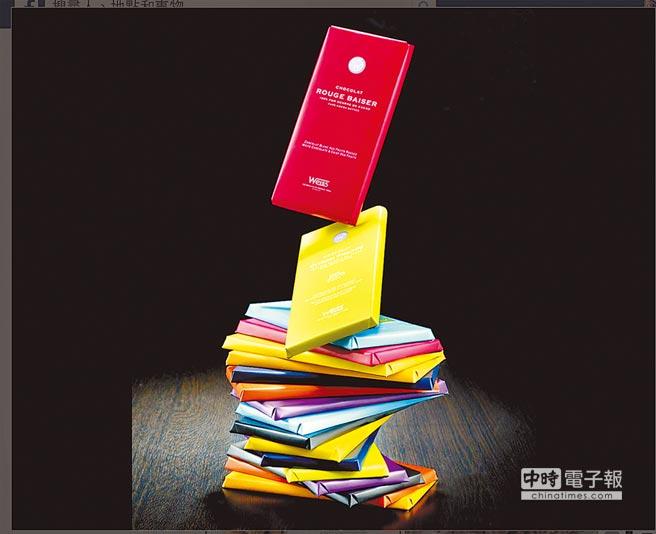 Weiss講究包裝,片裝以色區分,盒裝採用幾何圖形設計。(翻攝自Weiss官方臉書)