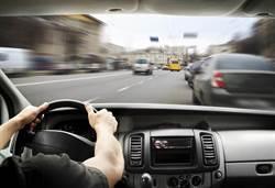 美公路死亡意外攀新高 危險駕駛不再是年輕人專利