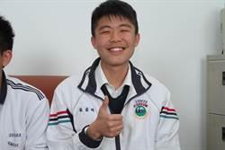 港明中學2人滿級分 單親生要唸國防醫學院